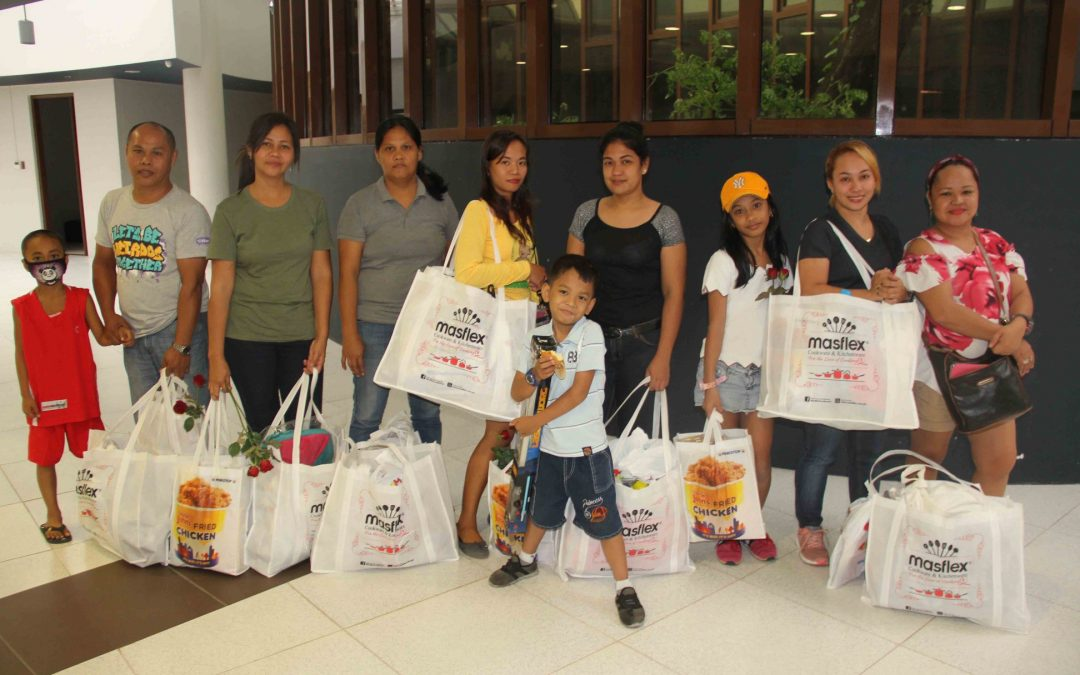 Moms of Cancer Champions Receive Gifts from Masflex Cookware and Kitchenware