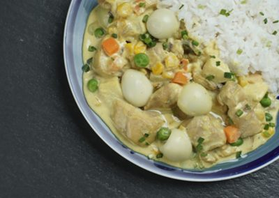CHICKEN CURRY with CORN & APPLES